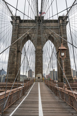 Fototapeta Popularne Famous Brooklyn Bridge in New York City