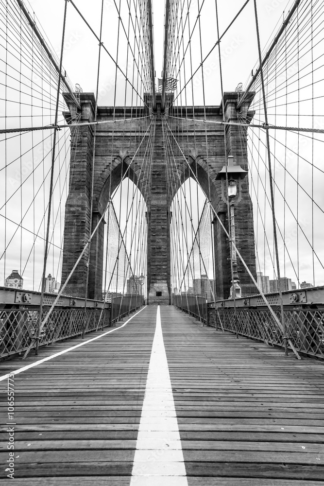 Fototapety, obrazy: Famous Brooklyn Bridge in New York City