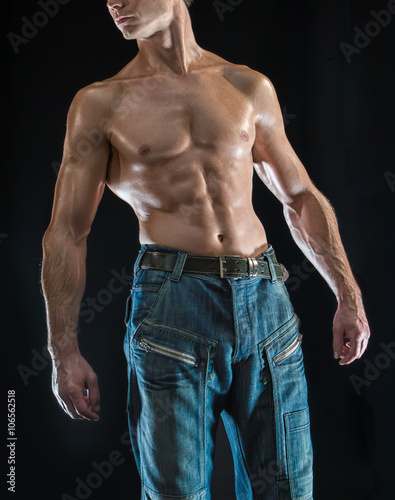 Fotografie, Obraz  a mighty man in oil