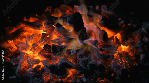 Fotografija Brace di carbone