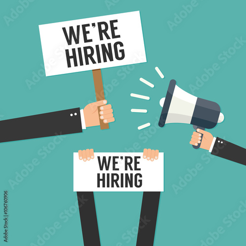 Fotografía  Hand holding we are hiring