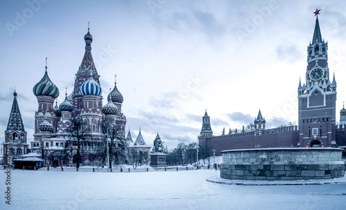 Foto op Aluminium Moskou Saint Basil's Cathedral on Red Square in Moscow