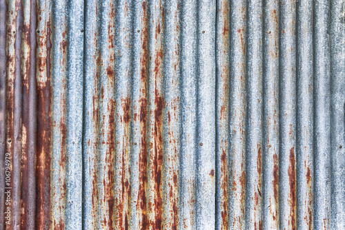 Foto  old rusty galvanized