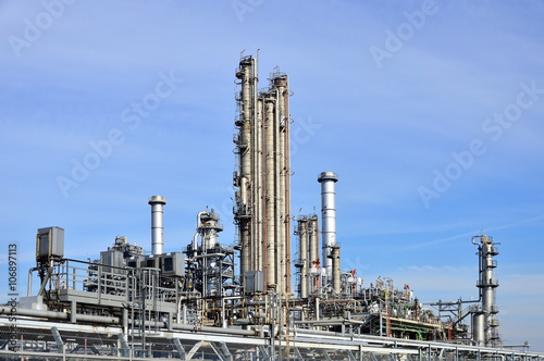 Staande foto Industrial geb. Erdölraffinerie