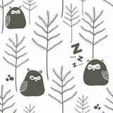 Śpiące ptaki w zimowym lesie. - 107051590