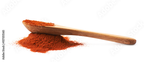 Fotomural Wooden spoon over the pile of paprika