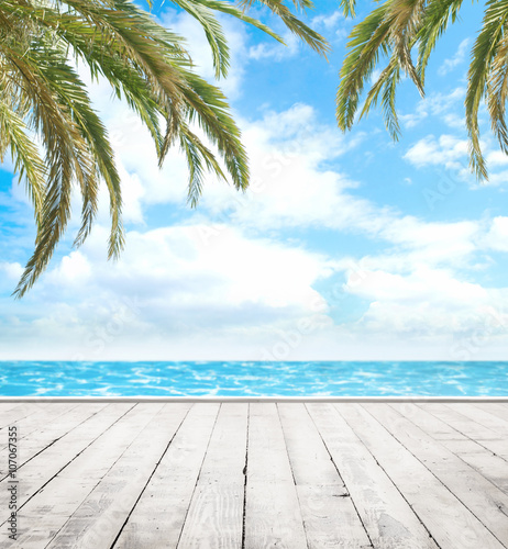 Photo  Wooden pier, exotic sea and the  blue sky
