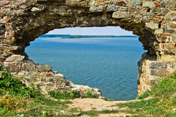 Fototapeta Ruins of old turkish fortress Ram by the river Danube in Serbia