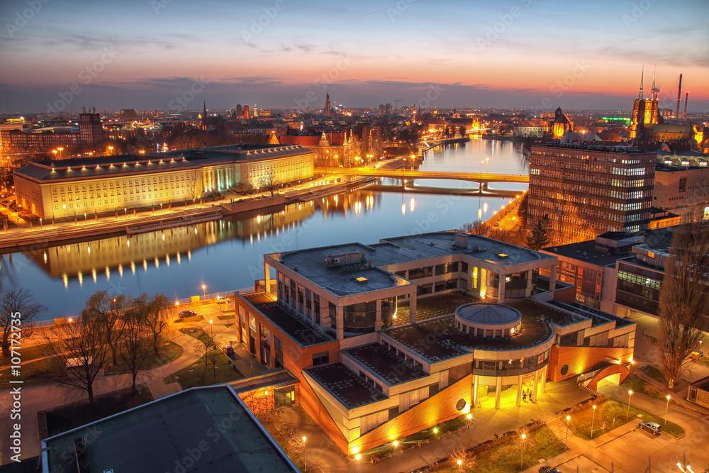 Fototapety, obrazy: Widok z lotu ptaka Wrocław. Panorama miasta podczas pięknego zachodu słońca