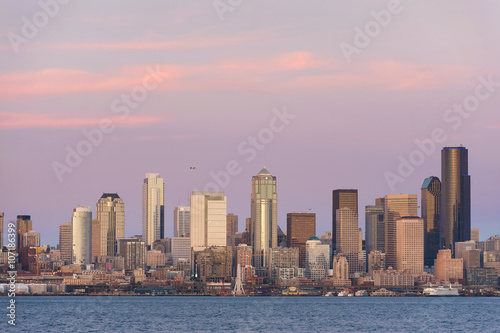 Photo  Seattle Skyline at Sunset