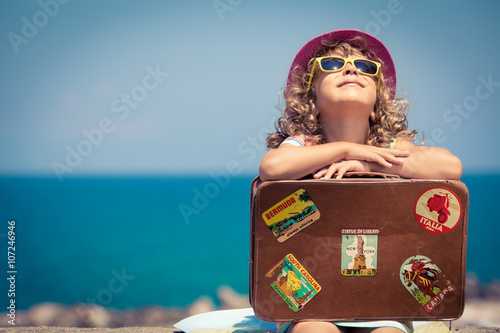 Obraz Child on vacation - fototapety do salonu