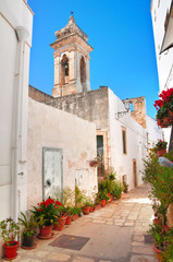 Fototapeta na wymiar Alleyway. Polignano a mare. Puglia. Italy.