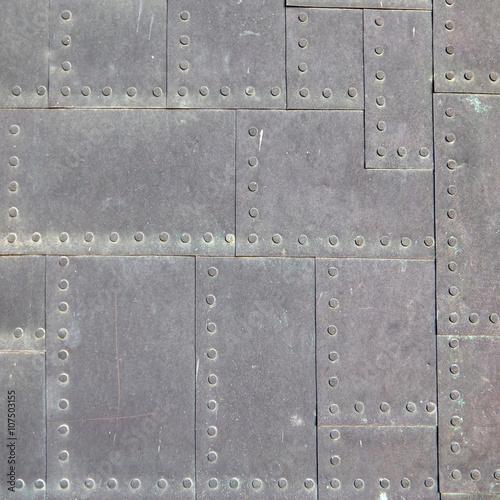 wzor-zblizenie-metaliczny-wzor-kwadratowy