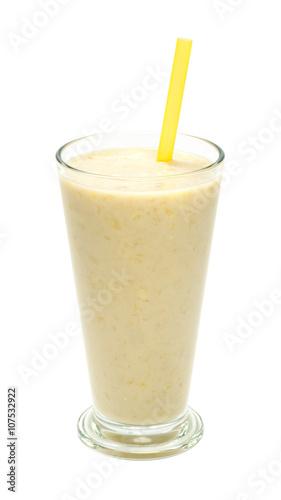 Foto op Aluminium Milkshake banana milk smoothies with straws on a white background