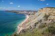trauhafte, farbenfrohe Küstenlandschaft an der Algarve, Portugal