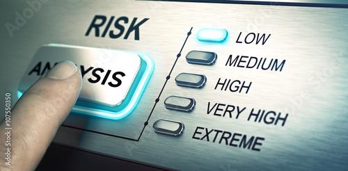 Fotografía  Risks analyze, low risk