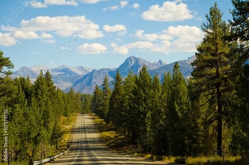 Obraz mountain road view - fototapety do salonu