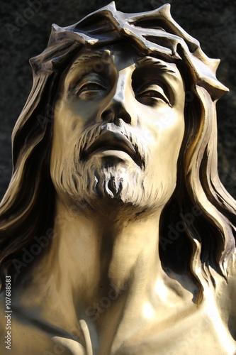 Fotografie, Tablou Détail d'une tombe du cimetière de Passy à Paris