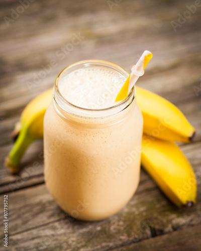 In de dag Milkshake Fresh banana shake