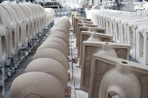Fotografía  Ceramic Factory, Ceramic Moulds