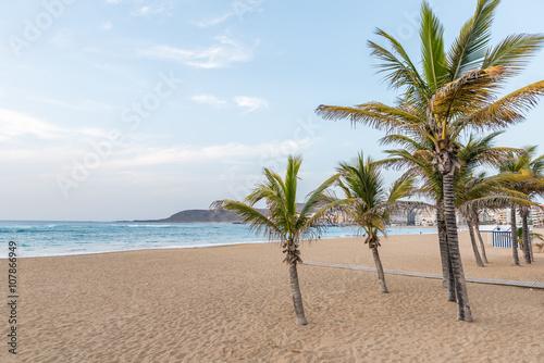 Playa de Las Canteras - Beach in Las Palmas de Gran Canaria