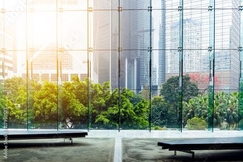 Obraz Glass wall in the office building - fototapety do salonu
