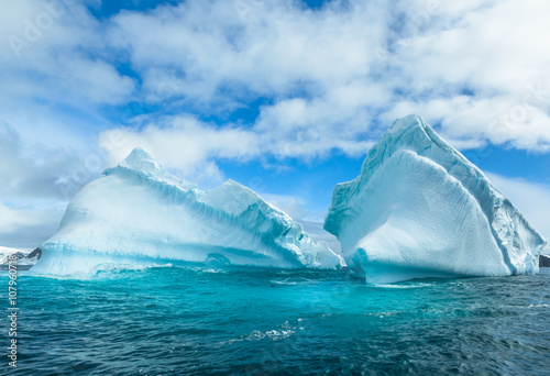 Fotografie, Obraz  Snow and ices of the Antarctic islands