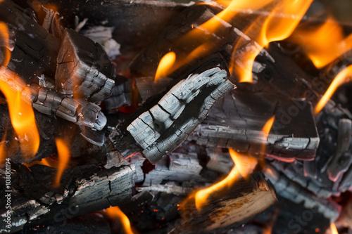 live coals Canvas-taulu