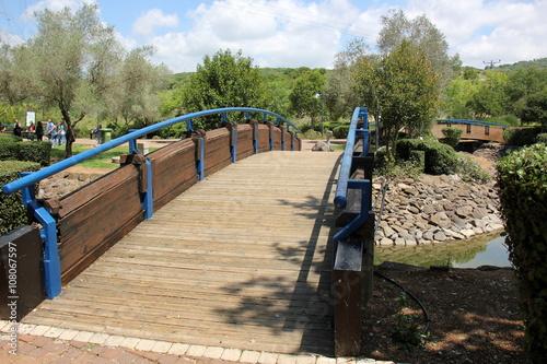 Keuken foto achterwand парк отдыха на озере Монфорт в городе Маалот на севере Израиля.