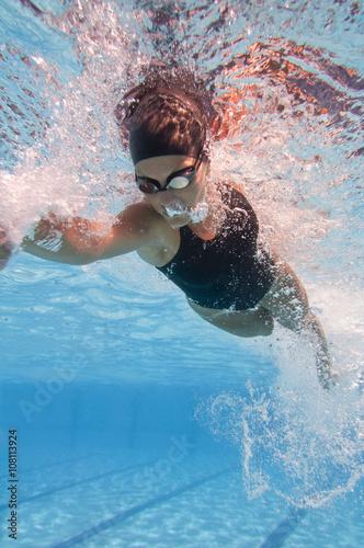 Photo  Swimming freestyle, underwater view