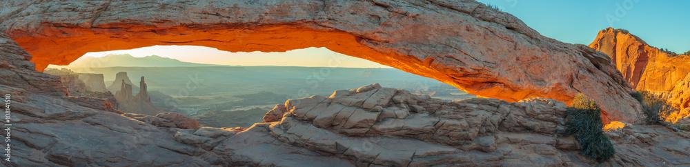 Fototapeta Mesa Arch, Canyonlands National Park, Utah, USA