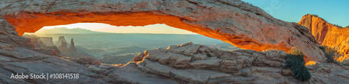 Spoed Foto op Canvas Cappuccino Mesa Arch, Canyonlands National Park, Utah, USA