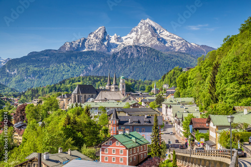 Historic town of Berchtesgaden with Watzmann, Berchtesgadener Land, Upper Bavari Wallpaper Mural