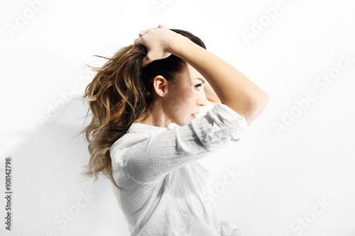 Przygotuj włosy do lata