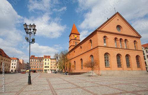 Poster Monument Dawny Ratusz i Kościół Ewangelicki na Nowym Rynku w Toruniu, Poland