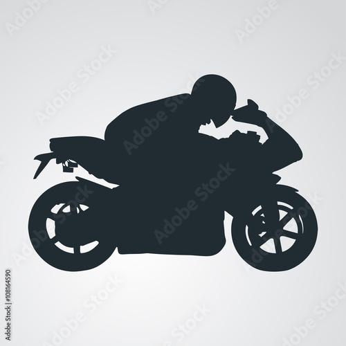 Icono plano silueta motorista en fondo degradado - 108164590