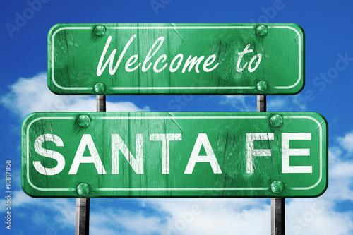 Fototapeta premium santa fe vintage zielony znak drogowy z tło błękitnego nieba