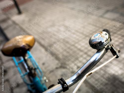 Keuken foto achterwand Fiets bicicletta in città