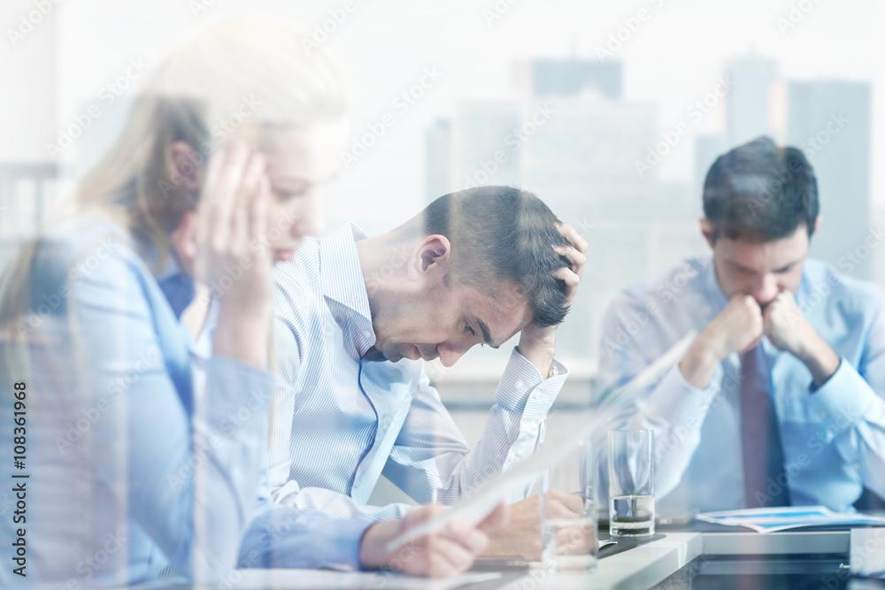 Fototapeta business people having problem in office