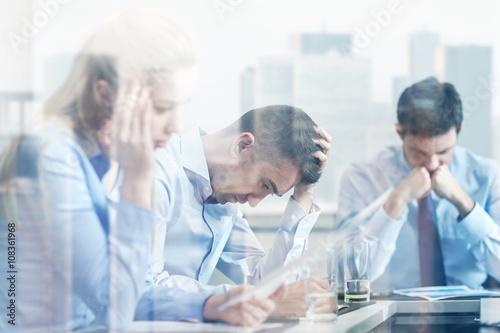 Fotografie, Obraz  business people having problem in office