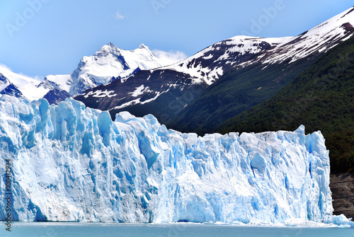 Fotobehang Gletsjers The Perito Moreno Glacier is a glacier located in the Los Glaciares National Park in the Santa Cruz province, Argentina. It is one of the most important tourist attractions in the Argentine Patagonia
