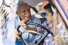 Old Man Grandpa Gives Driving ...