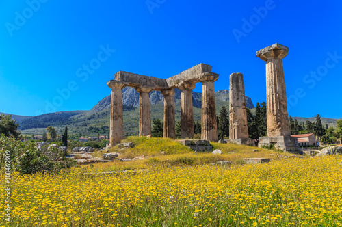 Apollo temple ruins in Ancient Corinth Canvas-taulu