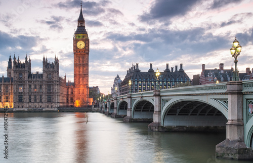 Foto op Canvas Londen Big Ben and the Houses of Parliament at night in London, UK