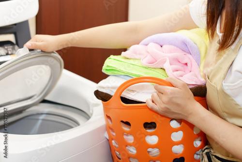 Fotografía  洗濯をする女性