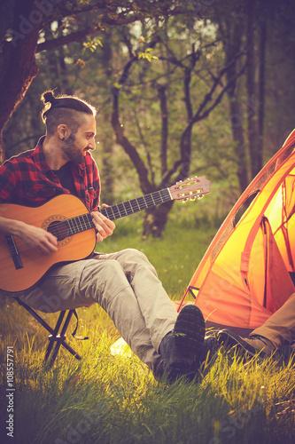 Spoed Foto op Canvas Muziekwinkel Amici suonano in tenda