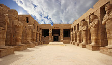 Anscient Temple Of Karnak In L...
