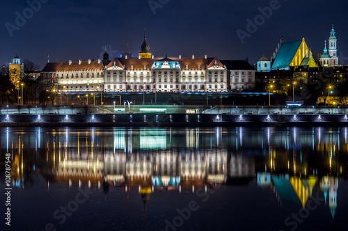 fototapeta na ścianę Zamek Królewski w Warszawie nocą