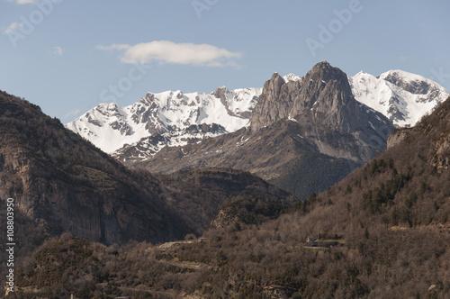 Foto op Aluminium Grijze traf. Pirineos Aragones, España