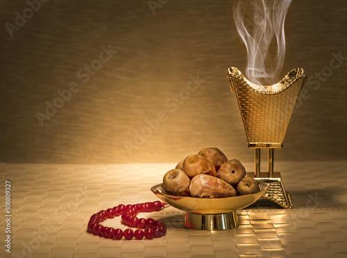 Fototapeta Ramadan dates with censer
